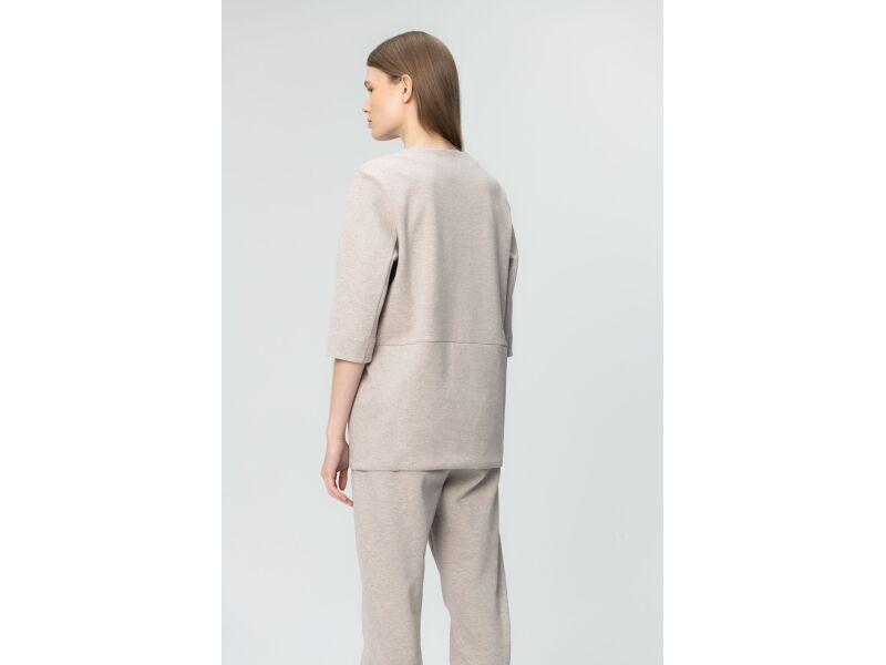 AUDIMAS Taisna silueta, pagarināts sieviešu džemperis ar 3/4 garuma piedurknēm Silver Cloud