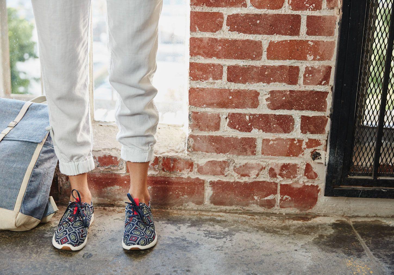 58dd7f428bc TOMS Woven Womens Del Rey Sneaker NavyMulti ...